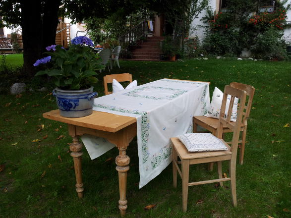 große Tischdecke_Blumenwiese