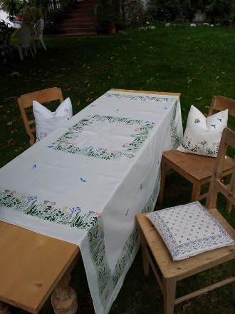 große Tischdecke_Blumenwiese1