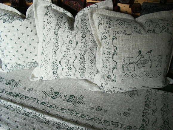 Kissen und Decke mit Jagdmotiven